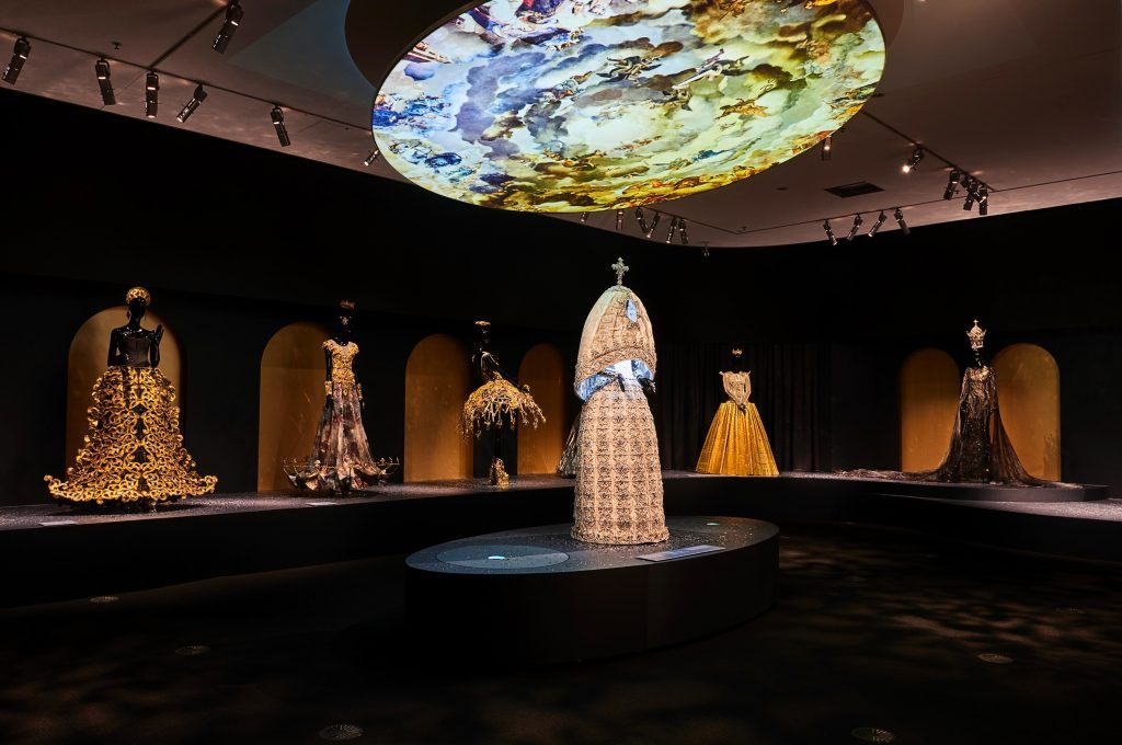 GUO PEI, THE 'LEGEND' THEME EXHIBITION