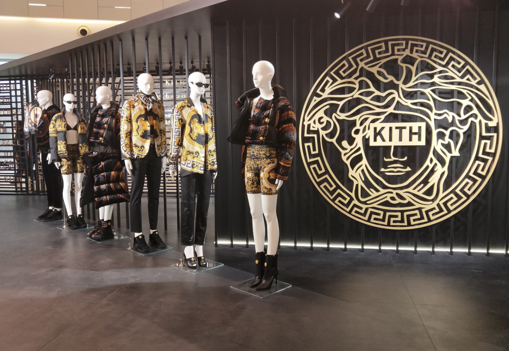 BONAVERI BESPOKE MANNEQUINS AT THE KITH X VERSACE LAUNCH
